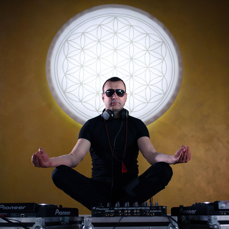 DJ Cosmin feat. Ammagin